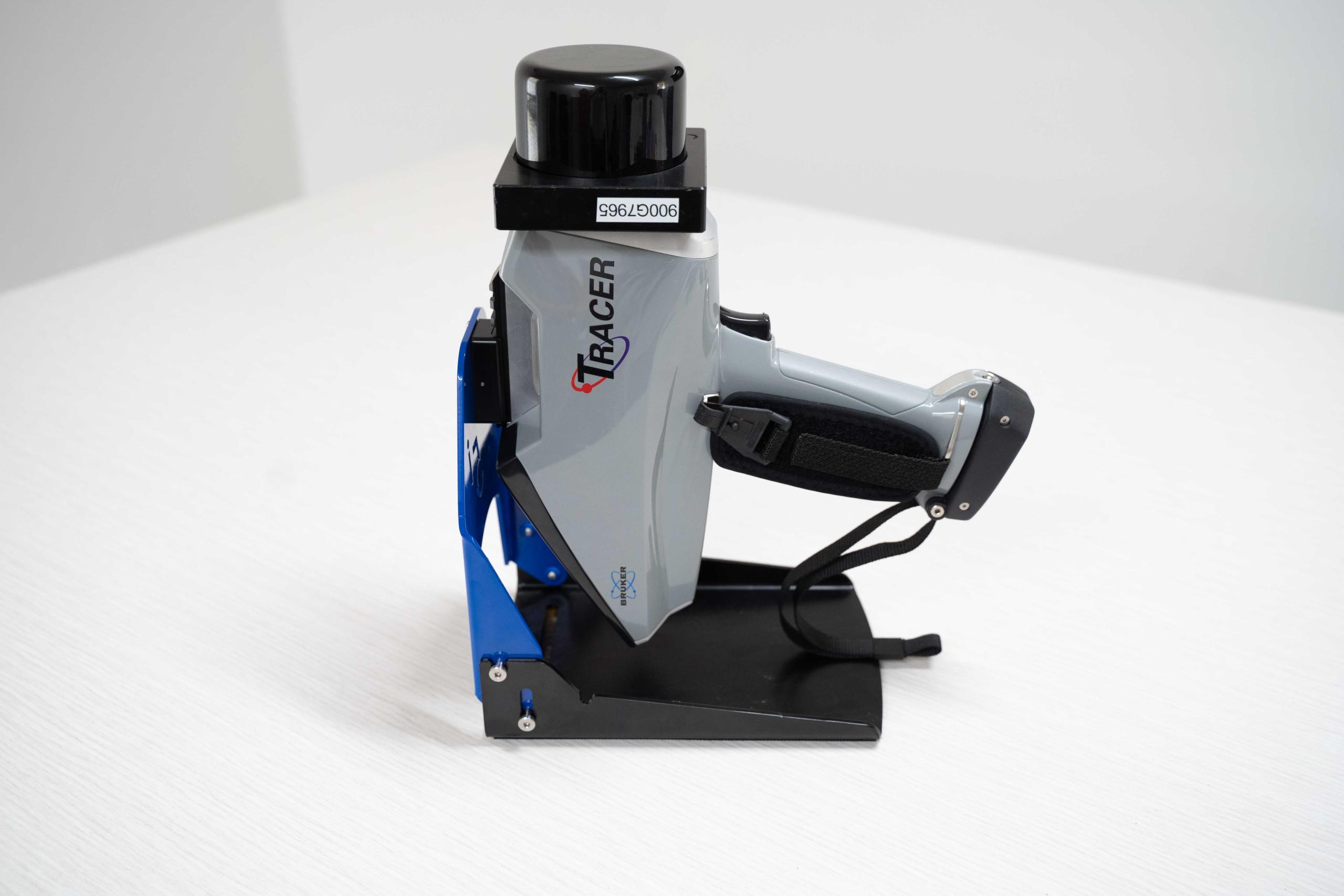 Bruker Tracer XRF Portable Spectral Services (5)